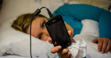 Here's Why You Should Never Sleep Near Your Mobile