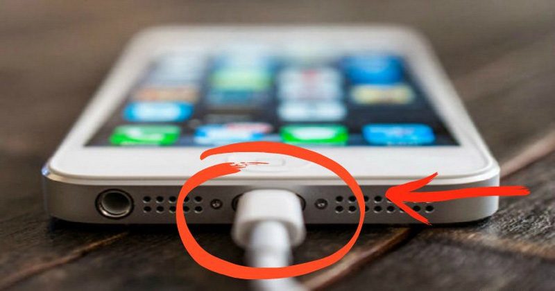 Here's Why You Need To Charge A Phone 8 Hours Before Your First Use